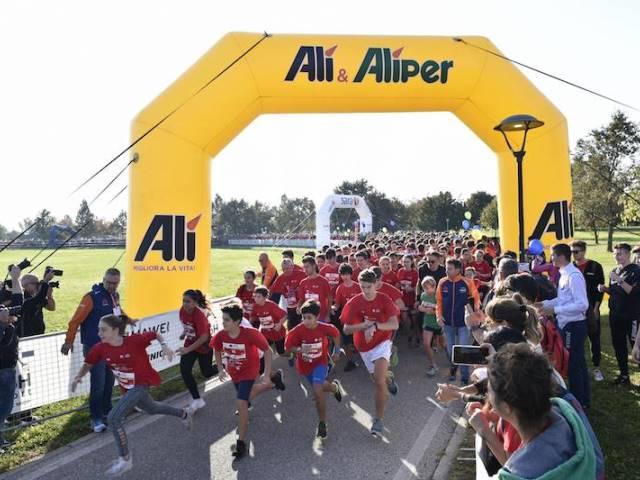 Alì Family Run Dolo - Riviera del Brenta: già 2.500 iscritti! 10 giorni al via della 35^ Venicemarathon & 10K