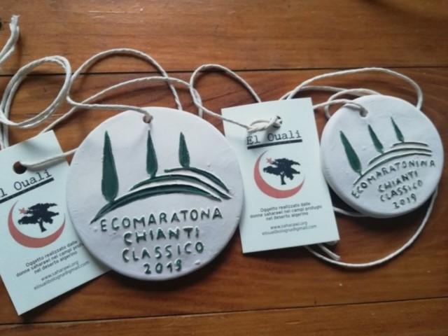 Ecomaratona Chianti Classico: la medaglia, fatta a mano dalle donne del Sahara