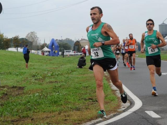 Una maratona tanto di Cappello a Ponte Buggianese, oro per il forte veterano, Buchignani argento nella 10 Km