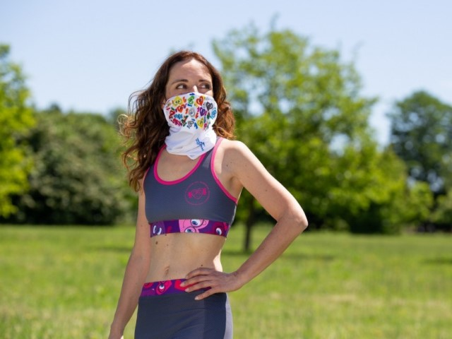 La bandana-mascherina di 'Iovedodicorsa': che stile