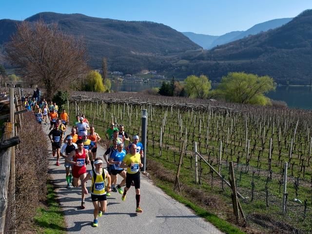 Per la prima volta la serie Top7 inizia con la Mezza Maratona del Lago di Caldaro