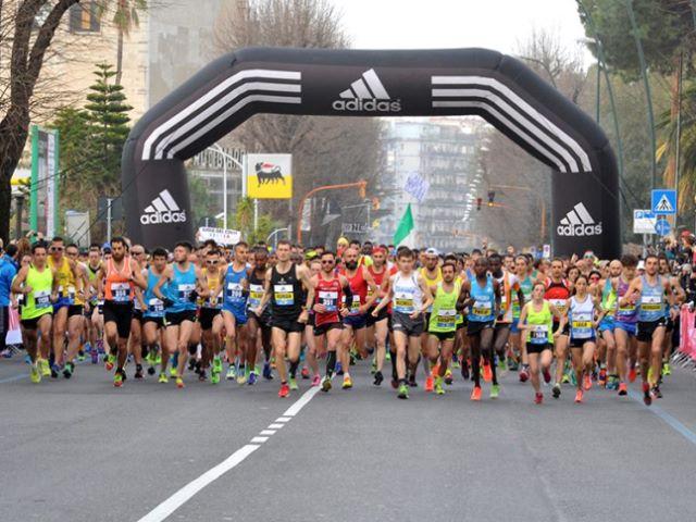 Napoli City Half Marathon diventa digitale