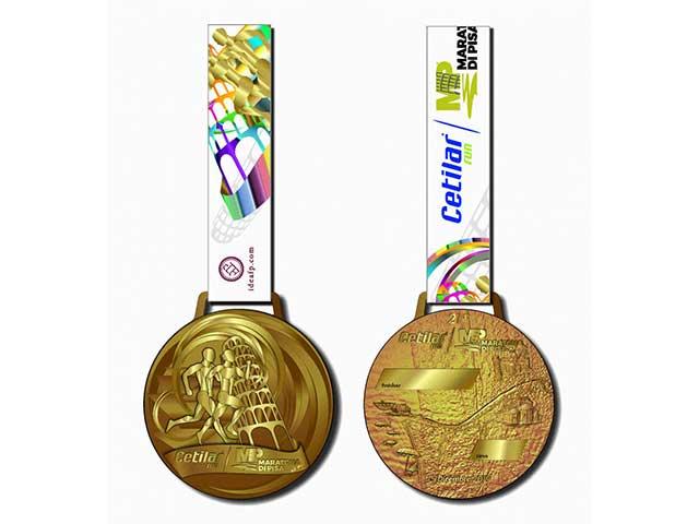 Cetilar Maratona di Pisa: la medaglia ufficiale della 21esima edizione