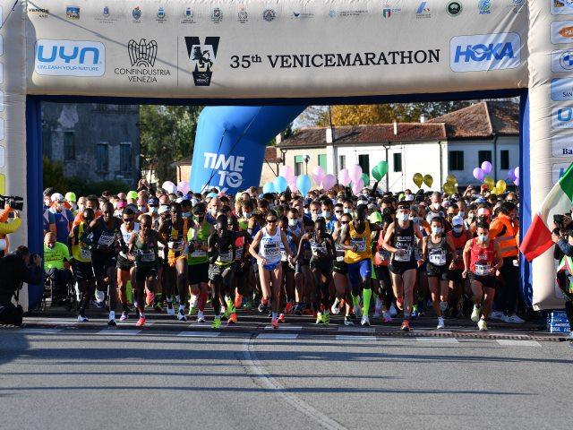 """""""35^ Confindustria Venezia Venicemarathon & 10K"""" un grande successo su più fronti"""